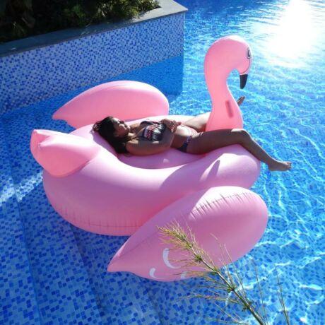 Flamingó óriásmatrac 190 x 200 x 130 cm