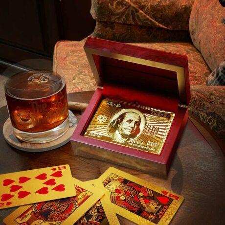 Arany francia kártyapakli díszdobozban