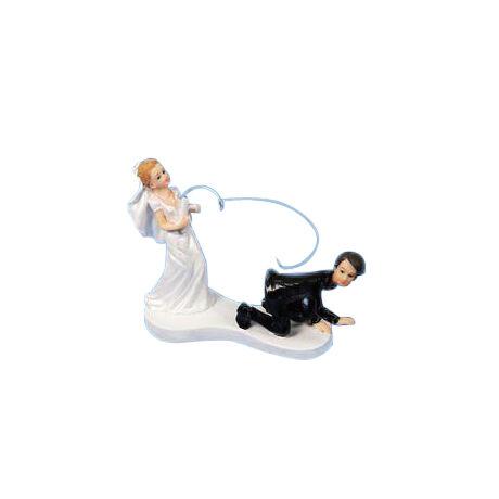 Vőlegényt Pecázó Menyasszony Esküvői Tortadísz