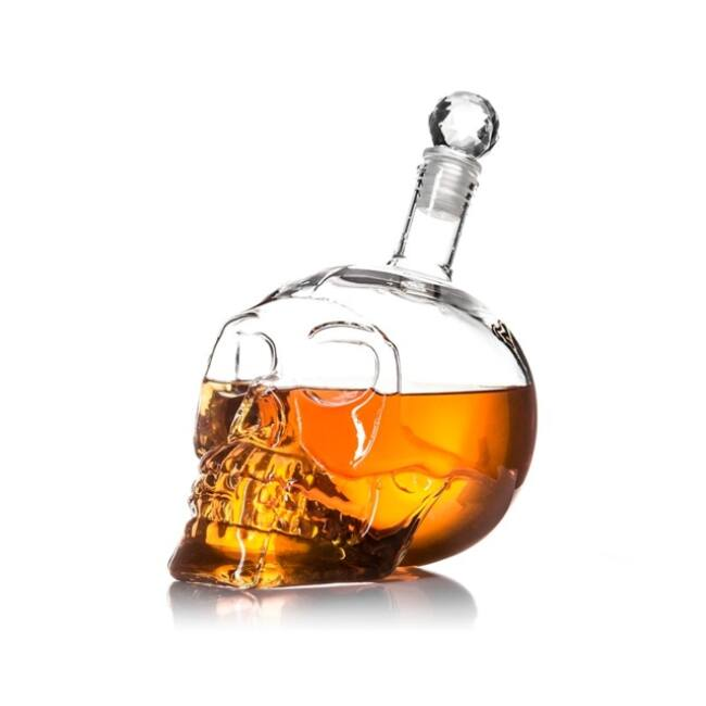 Kristálykoponya dekantáló üveg (650ml)