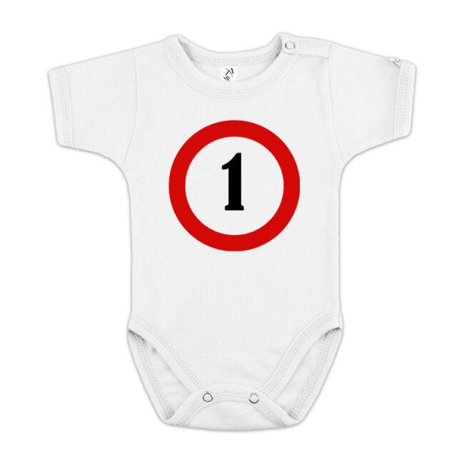 Sebességkorlátozó 1. születésnapra fehér body