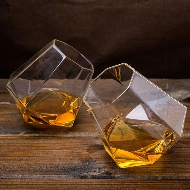 Gyémánt whiskeys pohár 2 db-os szett díszdobozban