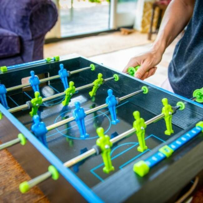 Neon asztali foci játék