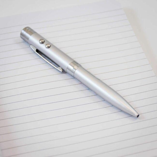 Lézer pointer, LED lámpa és toll egyben