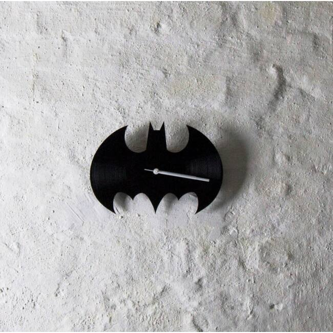 Batman bakelit falióra - csendes óraszerkezettel
