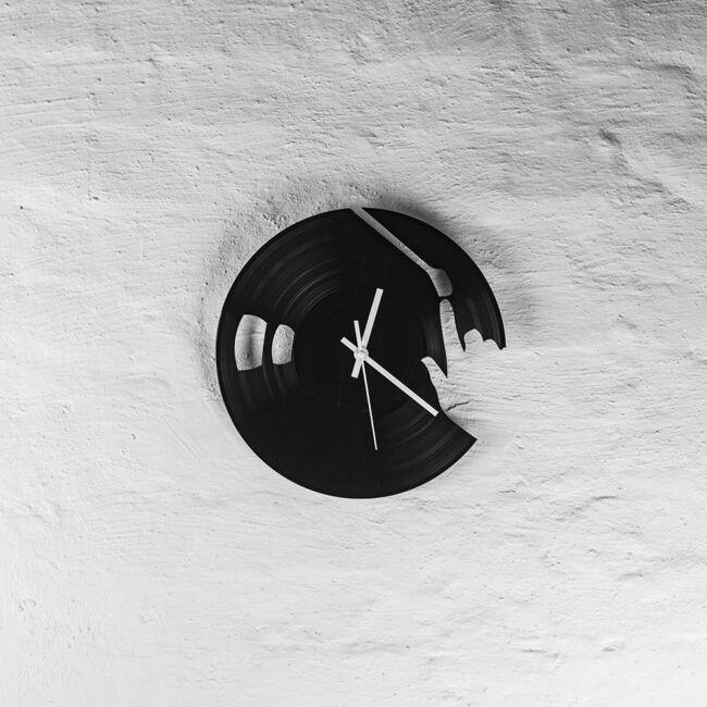 DJ bakelit falióra - csendes óraszerkezettel