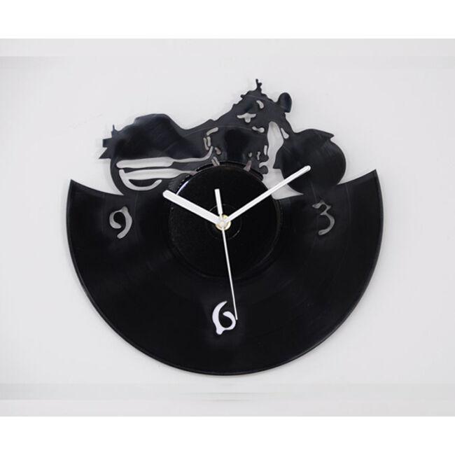 Motoros bakelit falióra - csendes óraszerkezettel