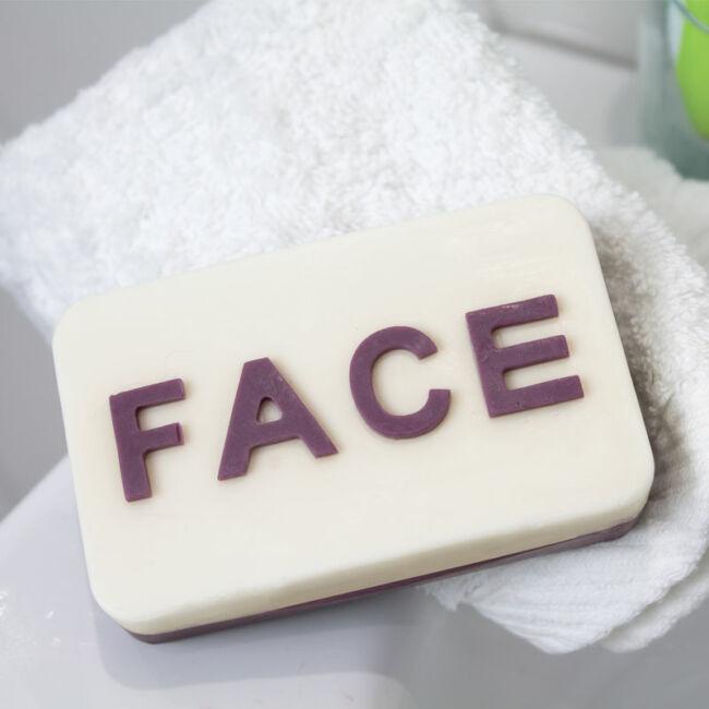 Arc/fenék szappan