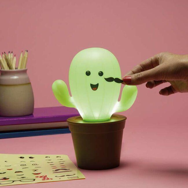 Kaktusz lámpa matricákkal
