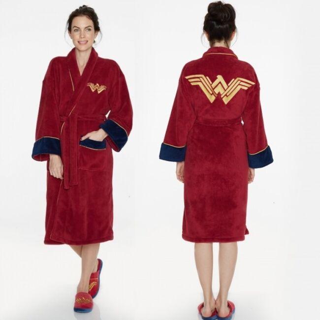 Wonder Woman fürdőköntös