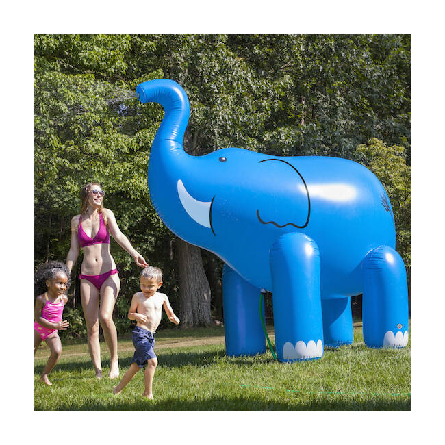Gigantikus víz permetező felfújható elefánt