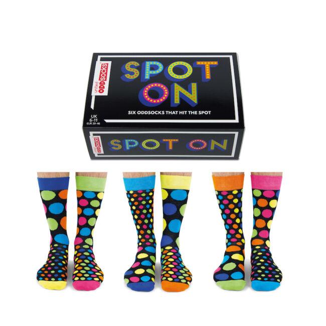Spot on - 6 db különböző pöttyös mintájú férfi zokni