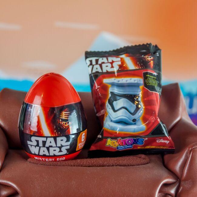 Star Wars meglepetés tojás kulcstartók