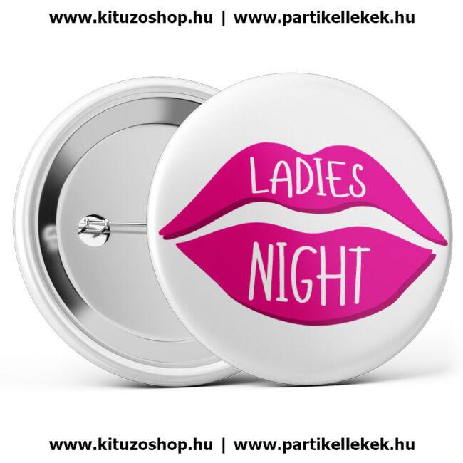 Ladies Night csókos lánybúcsú kitűző