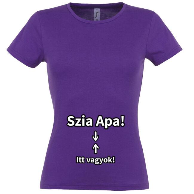 Szia Apa! Itt vagyok! mintás női póló sötétlila színben